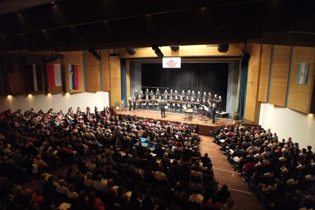 Teilnahme am 15. Internationalen Kammerchor-Wettbewerb in Marktoberdorf
